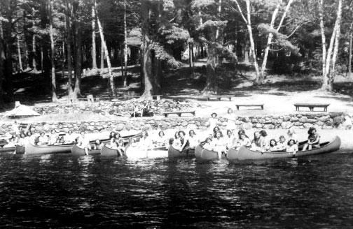 1920's Canoers