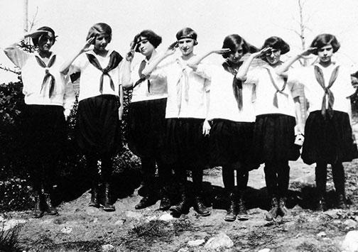 1920's Girls Salute